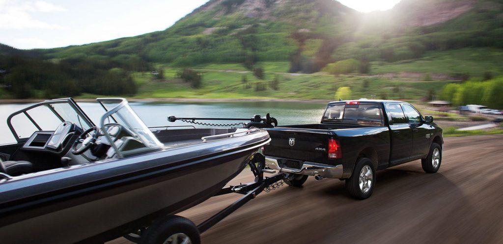 dodge tam 1500 slt classic towing boat