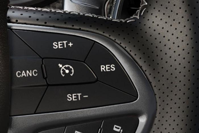 Adaptive cruise control Dodge Challenger